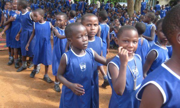 Trinkwasser für 914 Grundschulkinder