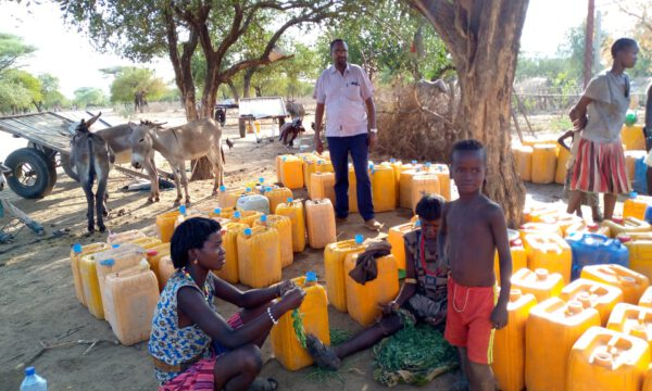 Ein Brunnen für Jinka
